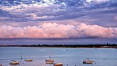 Ciel, quels nuages !!! (Patevy Damant) Tags: arcachon bateaux ciel d610 exterieur jour mer nautique nikon nuages paysage sunlight
