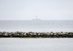strande_leuchtturm02b (ghoermann) Tags: strande schleswigholstein deutschland deu altbülk lighthouse balticsea minimal seascape