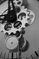Gears (Laph95) Tags: nb bw monochrome montre horloge watch gears engrenage intrieur dtail time clock close