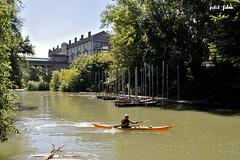 Le kayakiste (petit_filou77) Tags: nature noisiel mnier nestl kayak kayakiste marne ciel sky bateau bateaux boat boats bordsdemarne natureshot eau water watersport soleil sun summer t