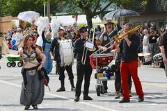 Fremont Solstice 2016  2042 (khaufle) Tags: solstice fremont wa usa marchingband parade trombone drum
