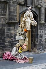 Artistes sur le Royal Mile à Édimbourg