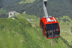 Cable Car at Mount Pilatus! (kekaneshrikant) Tags: red summer green car canon mt july cable mount pilatus 2016 kulm 1585