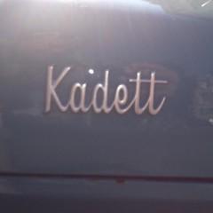 Opel Kadett, Thomsonlaan, Den Haag #chromeography #typography #type (joostmarcellis) Tags: joostmarcellis marcelvandenberg typography type typo chromeography