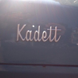 Opel Kadett, Thomsonlaan, Den Haag #chromeography #typography #type