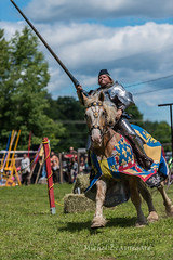 watch out, I arrive (michel_beauregard) Tags: chevalier knight horse cheval médiévales medieval