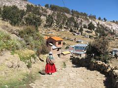 "Lac Titicaca: l'Isla del Sol <a style=""margin-left:10px; font-size:0.8em;"" href=""http://www.flickr.com/photos/127723101@N04/28599151905/"" target=""_blank"">@flickr</a>"