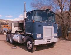 1970 Mack FL700L Tractor (PAcarhauler) Tags: tractor truck semi western mack coe r700