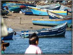 En attente d un nouveau dpart (A.B.S Graph) Tags: fly tour sale morocco maroc porte hassan chateau bateau enfant plage printemps barque rabat courniche plonger oudaia oudaya bouregreg bouregrag