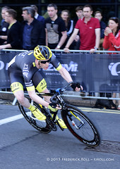 Ed Clancy - JLT Condor presented by Mavic (© Freddie) Tags: london e14 canarywharf cycling bike pearlizumi tourseries criterium edclancy jltcondor fjroll
