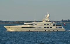 Were Dreams (jelpics) Tags: wd weredreams yacht boat ship vessel boston bostonharbor bostonma harbor massachusetts ocean port sea
