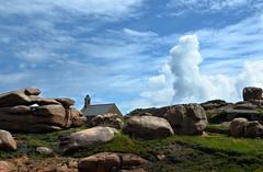 La colonne (BrigitteChanson) Tags: bretagne breizh brittany ploumanach ctesdarmor rochers ciel sky stones nuages nubes novole clouds cielo