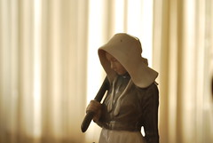 Estatuilla (IL Raisus...) Tags: jardin tranquilidad quiet girl pastor pastora adorno complemento mesa juguete self