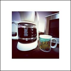 Kona coffee at home (art y fotos) Tags: 120 6x6 film coffee mediumformat hawaii mugs oahu handmade bamboo pinhole cups homemade coffeepots bambole coffeemakers microwaveovens kodakektar100 bamboopinholecamera coffeepincam lebambolemkxvi