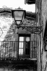 DSC8350-2 (David Muñoz P.) Tags: street blackandwhite blancoynegro nikon farola streetlight balcony streetphotography catalonia catalunya balcon rupit davidmuñoz tamrom d5100