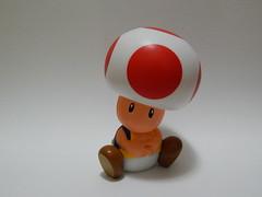 Mario Bross - Mushroom (thamycavassani) Tags: game mushroom brinquedo nintendo mario toad videogame bross miniatura