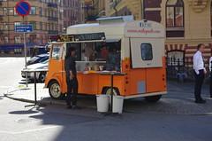 mitaquito (rotabaga) Tags: gteborg pentax sweden gothenburg sverige k5 storgatan foodtrucks