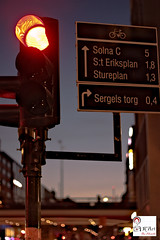 The Red Light (K^Artist) Tags: sweden stocholm travel red light bridge road street