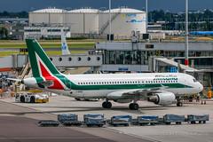 Alitalia A320-214 I-BIKD (Jos M. Deza) Tags: 20160711 a320214 ams airbus alitalia amsterdam ibikd planespotting schiphol