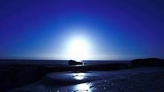 Scogliera in blu (BarbaraBonanno BNNRRB) Tags: blu scogliera sea sensazioni soul sun sunset bluette scoglieradellamore sole scritta marinadimassa mare massa marina toscana dellamore bnnrrb