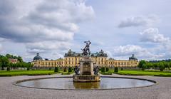 Queens palace (paulius.malinovskis) Tags: nikon summer sweden scandinavia drottningholm beautiful city queen stockholm palace favourite fountain waterfeature
