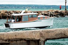 Lola (Shane_Henderson) Tags: beach boat bonbeach circularpolarizer fujifilmxe2 fujinonlensxf55200mmf3548rlmois fujifilm pattersonriverinlet portphillipbay victoria xseries overcast bird australia au