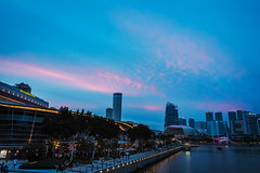 Pink on blue (elenaleong) Tags: architecture merlionpark pinkclouds bluehour elenaleong marinabay skyline