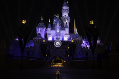 Aurora's Castle (Tony Gonzalez99) Tags: nightphotography castle sleepingbeautycastle disneyland