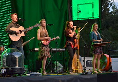 The Willis Clan 08-05-16 (Vinny Gragg) Tags: rock rockandroll music tunes band bands concert prettygirls prettywoman sexywoman girl girls brookfieldzoo zoo brookfieldillinois brookfield illinois bluegrass irishmusic irishdancing thewillisclan thewillisfamily summernights