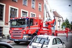lmh-soriamoria07 (oslobrannogredning) Tags: lift grill 1890 brann brannbil ventilasjon stigebil bygrd hydemateriell 1890grd bygningsbrann
