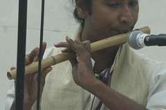 Side-Blown Flutes 14: Bahi (of Mujali Island Monks musician) (KM's Live Music shots) Tags: musicalinstrument hornbostelsachs aerophone bahi indianbambooflute flute india mujaliislandmonks britishmuseum