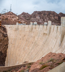Hoover Dam (Serendigity) Tags: dam usa hooverdam desert nevada engineering coloradoriver arizona unitedstates