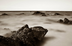 Black summer 2 (Claudio Taras) Tags: monocromo monochrom bw bokeh biancoenero black shadow sardegna santeodoro longexposure nd3 ndx1000 claudio contrasto taras onde wave roccie rocks