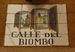 Azulejo de la calle del Biombo. Madrid (Carlos Vias-Valle) Tags: azulejo calledelbiombo