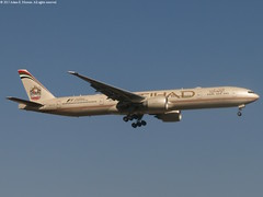 A6-ETS (Etihad Airways) (aemoreira81) Tags: boeing airways 777 etihad 777300 777300er
