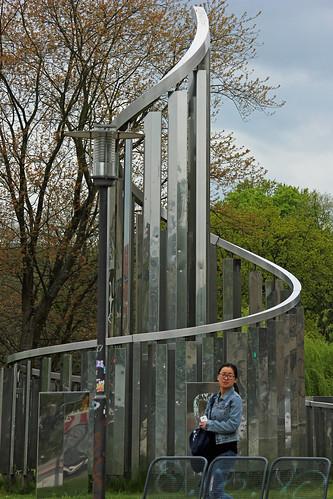 """Lichtkinetische Spirale (01) • <a style=""""font-size:0.8em;"""" href=""""http://www.flickr.com/photos/69570948@N04/17192771200/"""" target=""""_blank"""">Auf Flickr ansehen</a>"""