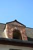 Vigie (.urbanman.) Tags: architecture soleil fenêtre façade ouverture briques vitré maçonnerie chienassis ancienhôpitalsaintyves