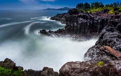 Jusangjeolli Cliff - Jeju Island (Rob-Shanghai) Tags: korea jeju jejuisland southkorea rocks sea landscape seascape volcanic waves surf sony a6000 jusangjeolli