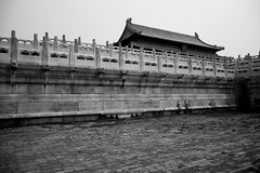 (sunnywinds*) Tags: ilfordxp2 leica beijing summilux         palace imperial