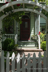 Entry to Victorian House (marlene frankel) Tags: architecture fence arch doorway victorianhouse picketfence