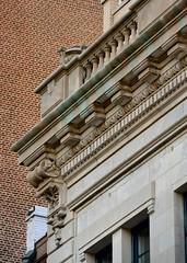 NYC_E70_170_025 (TNoble2008) Tags: 1902 architectcphgilbert balustrade console cornice materialstone ornament ornamentdentils ornamentegganddart styleclassical urn