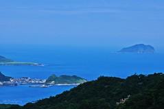 () Tags:    sky blue sea