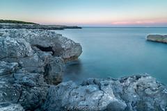 A striking sea A relaxing place (lrugg212) Tags: porto badisco landscape italie roche mer eau water sunset leefilter puglia