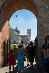 Verso piazza dei miracoli (Antonio Casti) Tags: torrependente piazzadeimiracoli pisa toscana italia it