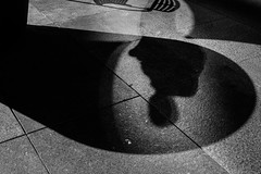 Los Angeles (Rinzi Ruiz [street zen]) Tags: california city light urban blackandwhite bw usa monochrome photography fujifilm streetphoto lightandshadow xpro2 streetzen rinziruiz fujifilmxus fujifilmxpro2 5yearsofxseries