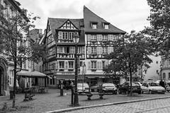 Strasbourg (Lothar Drewniok) Tags: strasbourg lothardrewniok schwarzweis sw frankreich street