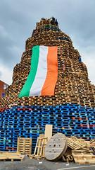 2016-07-11_18-42-01 (Colonel Matrix) Tags: belfast bonfire bonfirenight flag northernireland orangefest sandyrow twelfth gb