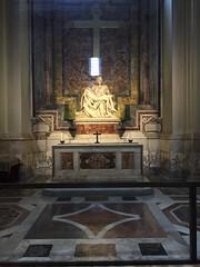 Rome: St. Peter's Basilica - Michelangelo's Piet (escriteur) Tags: img4175 rome roma saintpetersbasilica stpetersbasilica basilicadisanpietro vaticancity michelangelo piet pieta madonna christ
