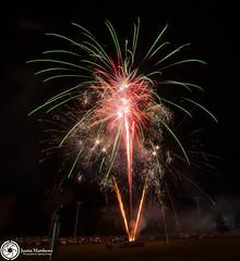 Beaudesert Show 2016 - Friday Night Fireworks-67.jpg (aussiecattlekid) Tags: skylighterfireworks skylighterfireworx beaudesert aerialshell cometcake cometshell oneshot multishot multishotcake pyro pyrotechnics fireworks bangboomcrackle