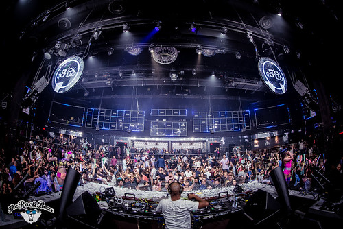 erick-morillo-at-life-nightclub-on-april-25-2015-3